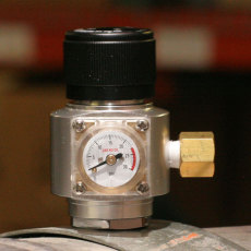 Mini Argon/Nitrogen Regulator w/Flare Fitting